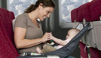 Børn og baby i flyet